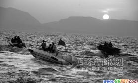 昆明渔民非法捕鱼被警方抓获称捕鱼为了给孙子解馋(图)