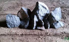 这两块石头怎么样水草缸感觉棱角太锋利了
