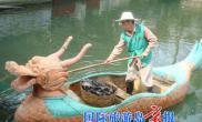 清道夫鱼因污染致死每日清理近千斤死鱼(图)